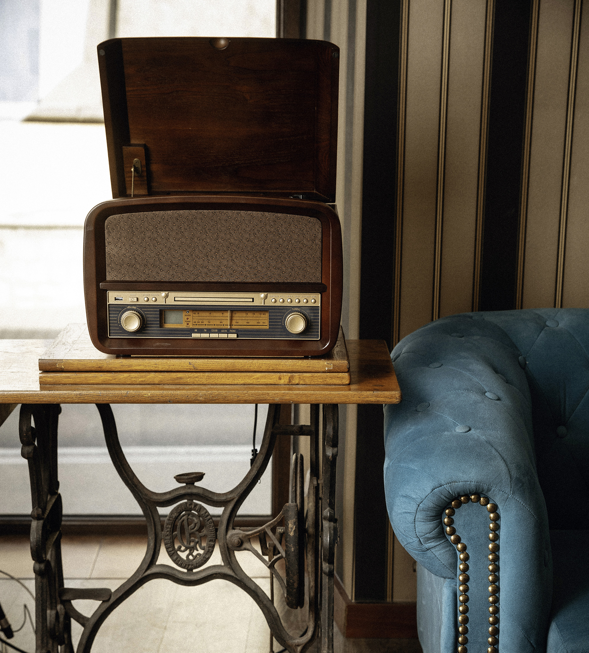 Gramofon retro odtwarzacz CD radio FM nagrywanie do MP3 Camry CR 1112